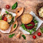 15 délicieuses recettes originales de burger à essayer cet été