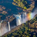 10 des plus beaux endroits au monde pour le saut en parachute