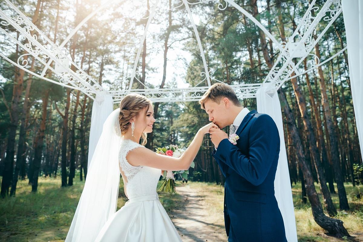 15 chansons de mariage pour une cérémonie mémorable