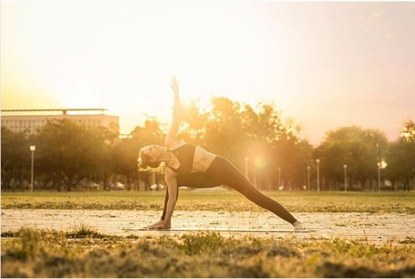 30 energizing Hatha yoga postures to start the day off right