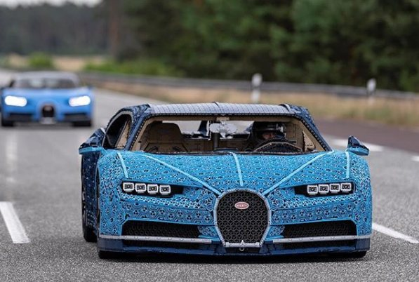 LEGO presents a totally functional Bugatti Chiron