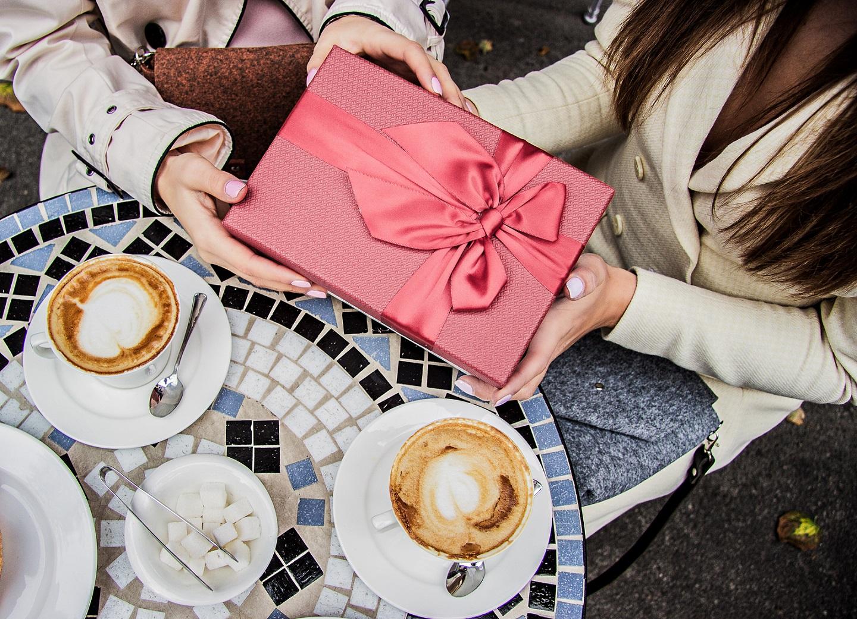 Les meilleures idées cadeaux pour les femmes que vous aimez