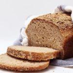 Comment faire du pain sans gluten : 4 méthodes selon vos besoins