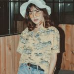Retour des années 90 : tendances mode et beauté nostalgiques