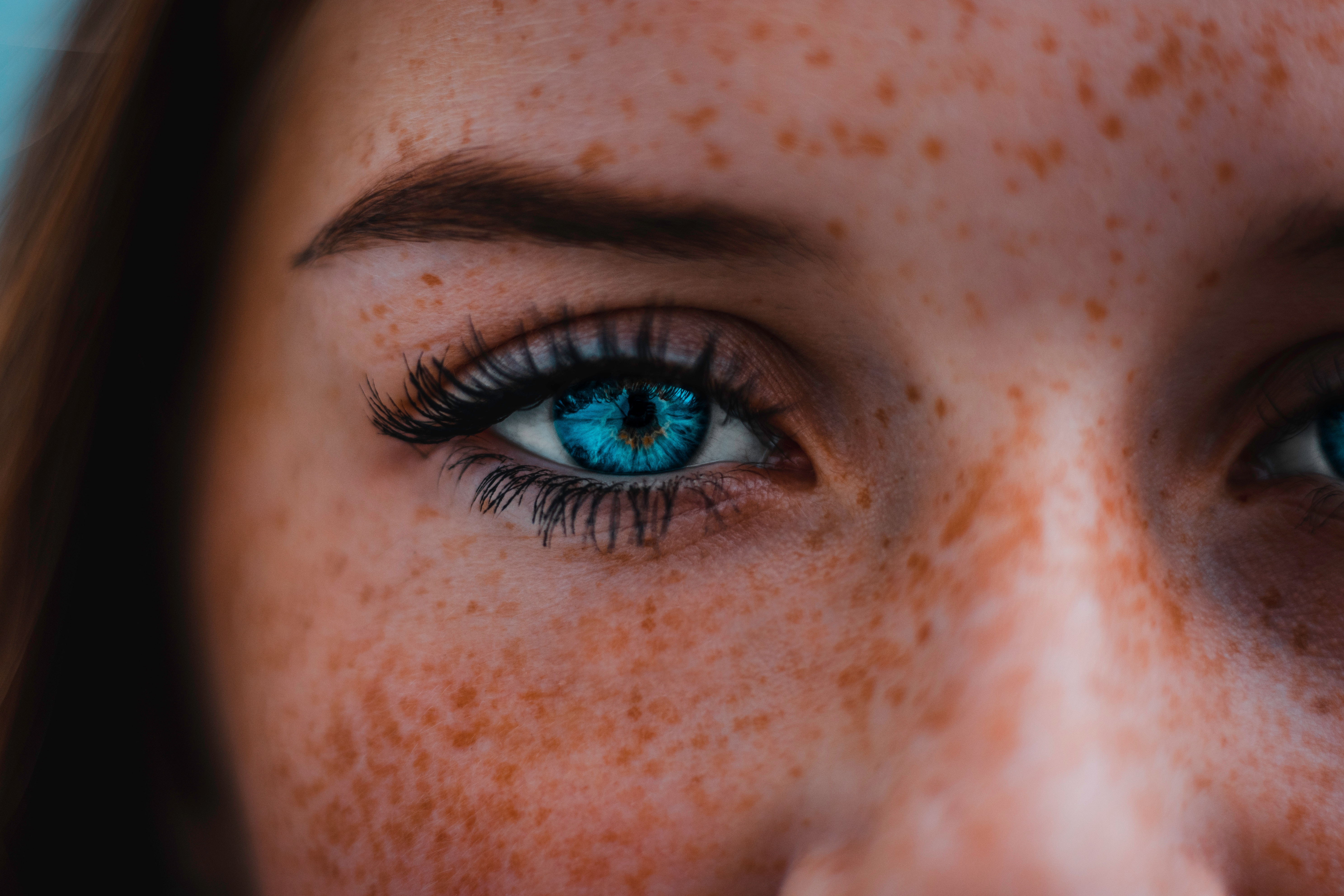 Henna freckles or how to cheat genetics