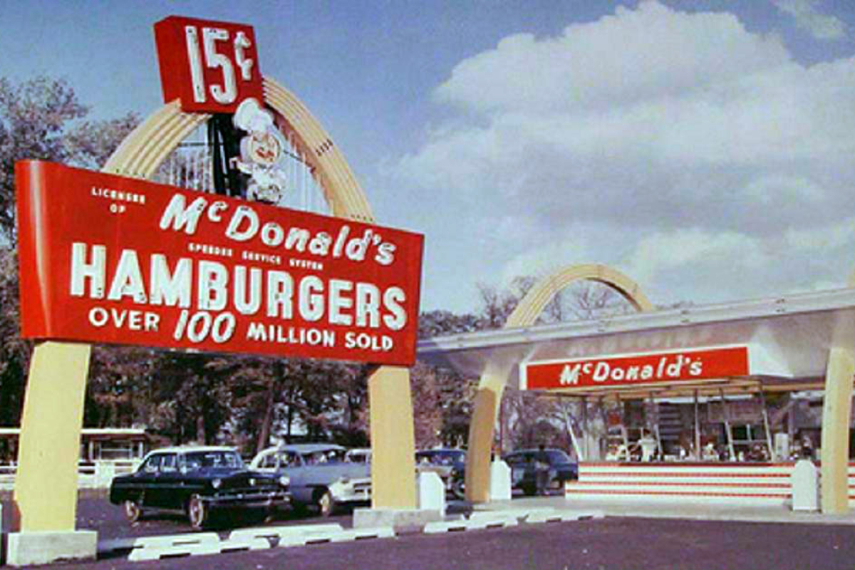 Can You Recognize These Photos From Vintage McDonald's Restaurants?
